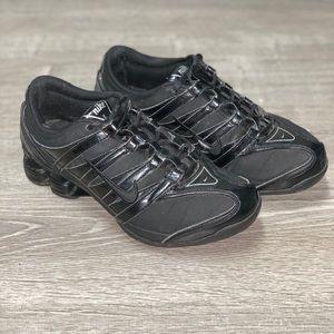 Nike shox black womens running shoes